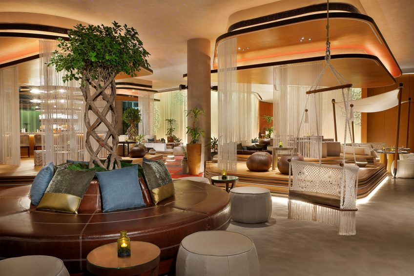 W Muscat Luxury Resort - Muscat, Oman - Siddharta Lounge by Buddha Bar Seating