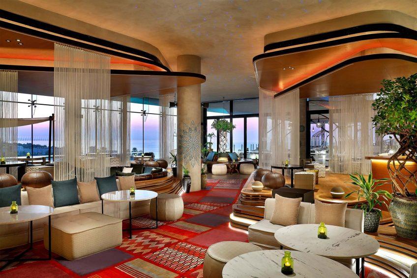 W Muscat Luxury Resort - Muscat, Oman - Siddharta Lounge by Buddha Bar Longe