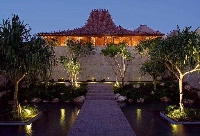 Bvlgari Luxury Resort Bali - Uluwatu, Bali, Indonesia - The Bvlgari Spa Exterior Sunset