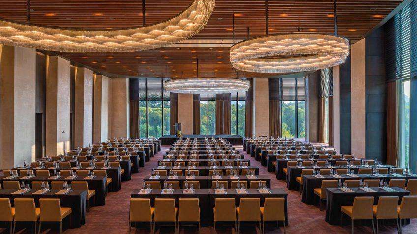 Bvlgari Luxury Hotel Beijing - Beijing, China - The Ballroom Meeting Setup