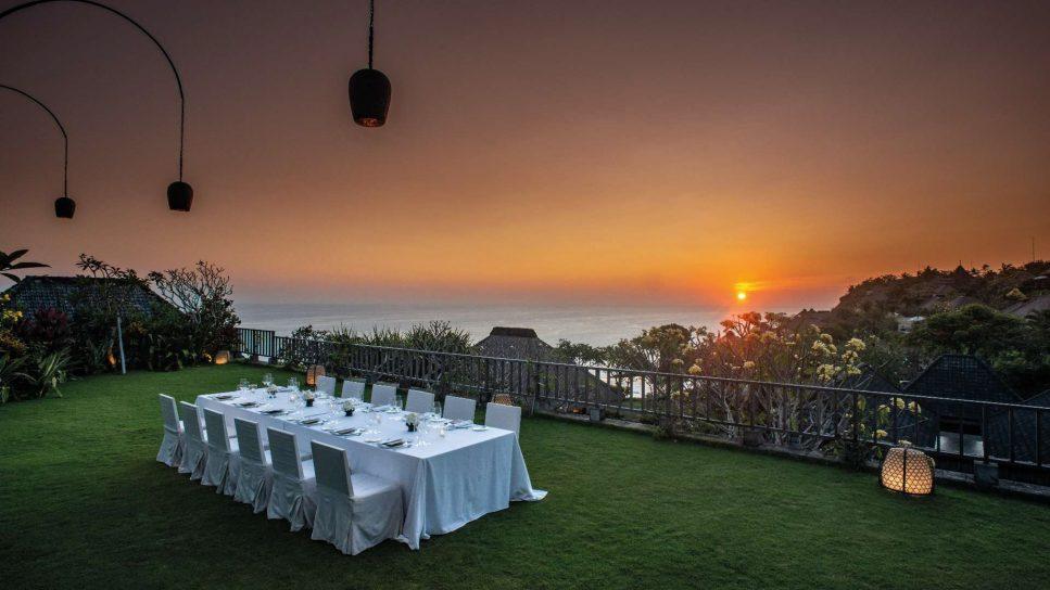 Bvlgari Luxury Resort Bali - Uluwatu, Bali, Indonesia - Resort Ocean View Dining Table Sunset