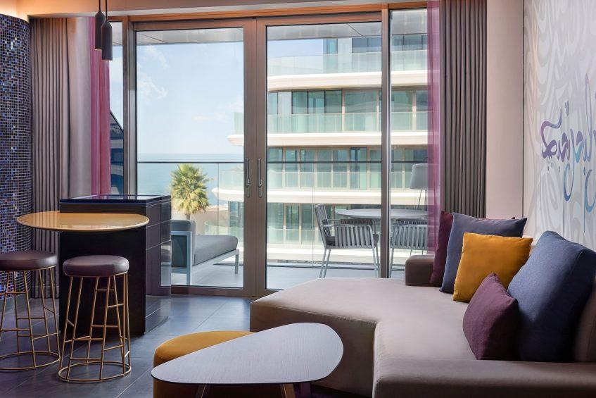 W Dubai The Palm Luxury Resort - Dubai, UAE - Wonderful Guest Room Mix Bar