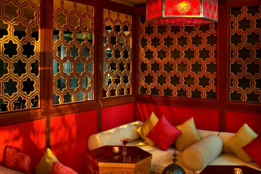 W Doha Luxury Hotel - Doha, Qatar - Wahm Lounge Decor