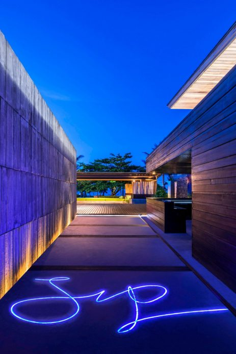W Koh Samui Luxury Resort - Thailand - SIP Bar Entrance Night View