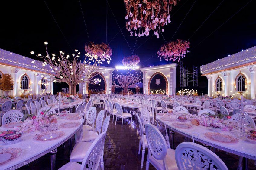W Doha Luxury Hotel - Doha, Qatar - Elaborate Outside Catering