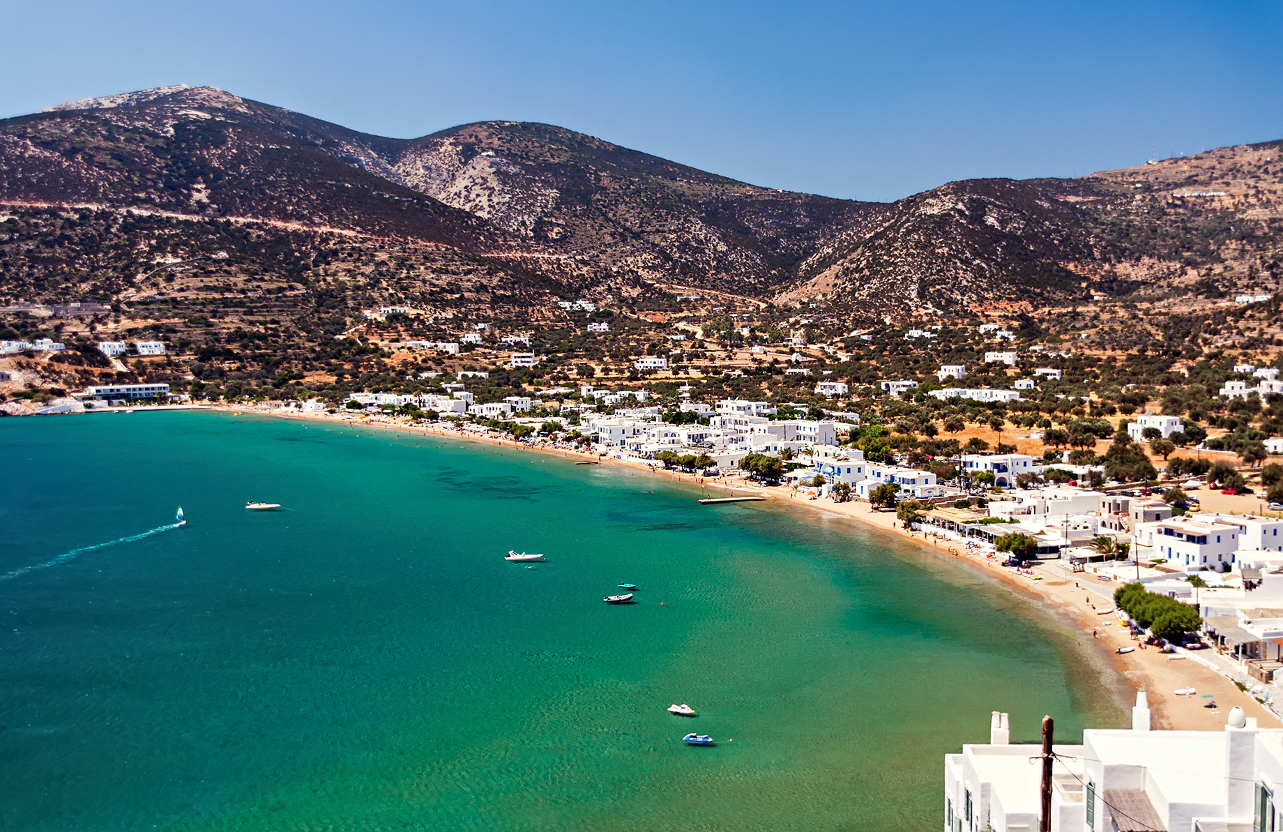 Platys Gialos – Where To Stay In Mykonos, Greece For The First Time