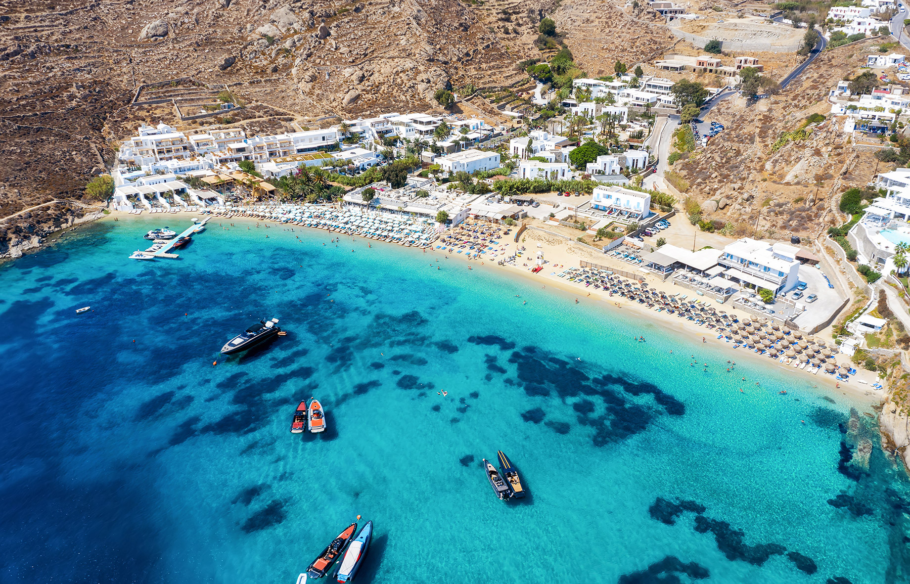 Psarou Beach - Where To Stay In Mykonos, Greece For The First Time