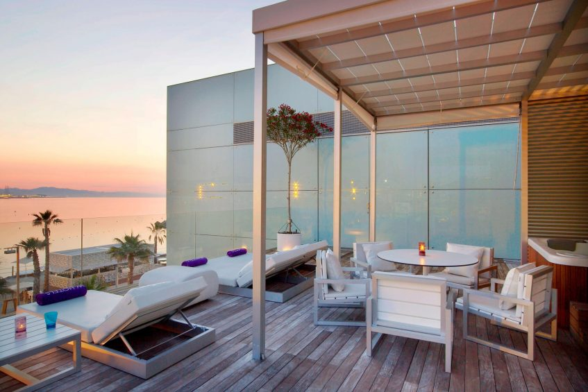 W Barcelona Luxury Hotel - Barcelona, Spain - Extreme WOW Private Cabana Table