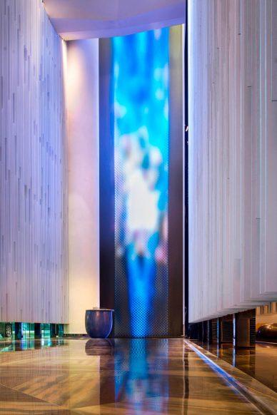 W Guangzhou Luxury Hotel - Tianhe District, Guangzhou, China - Hotel Luminous WaterWall