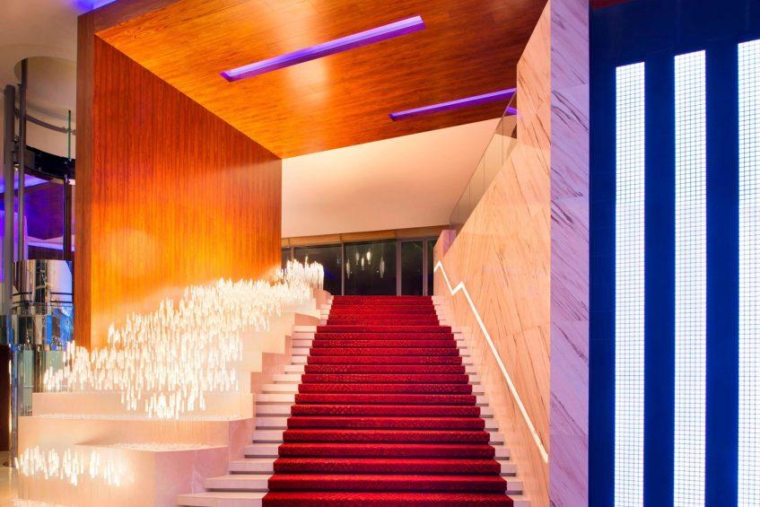 W Singapore Sentosa Cove Luxury Hotel - Singapore - Entrance Grand Staircase