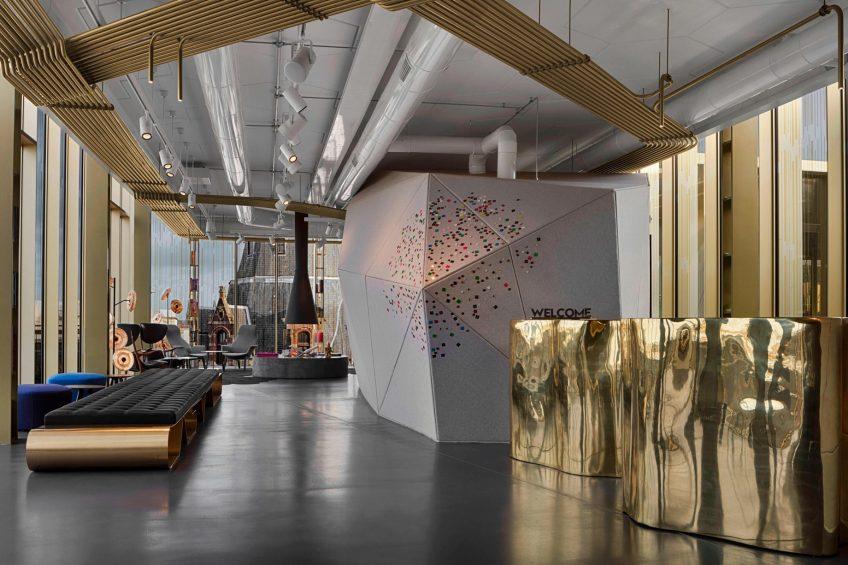 W Amsterdam Luxury Hotel - Amsterdam, Netherlands - W Lounge Welcome