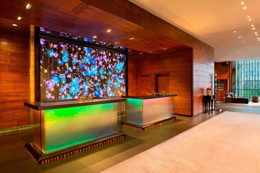 W Hong Kong Luxury Hotel - Hong Kong - Lobby Welcome Desk