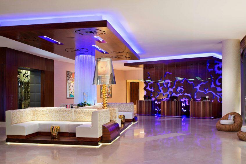 W Singapore Sentosa Cove Luxury Hotel - Singapore - W Lounge Seating