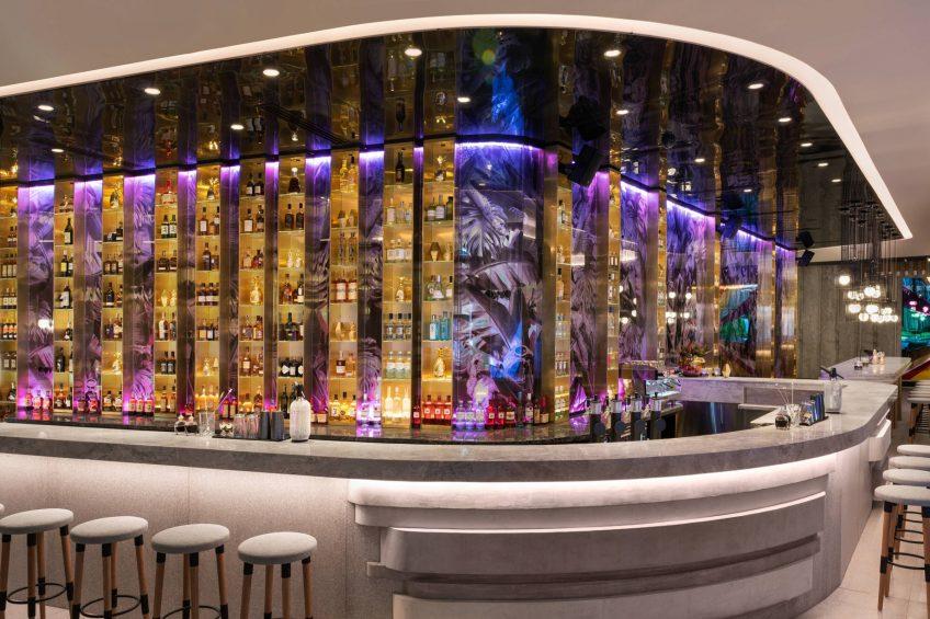 W Brisbane Luxury Hotel - Brisbane, Australia - Living Room Bar