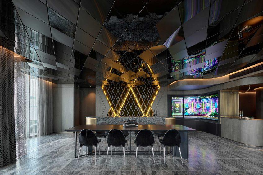 W Melbourne Luxury Hotel - Melbourne, Australia - Extreme Wow Suite Bar