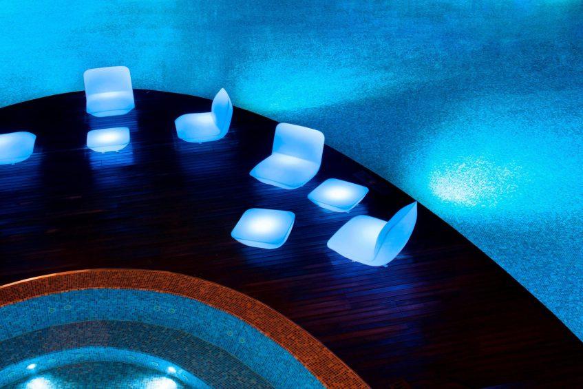 W Singapore Sentosa Cove Luxury Hotel - Singapore - WET DECK Glowing Chairs