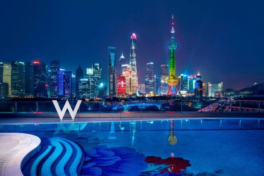 W Shanghai The Bund Luxury Hotel - Shanghai, China - WET Outdoor Pool Night City View
