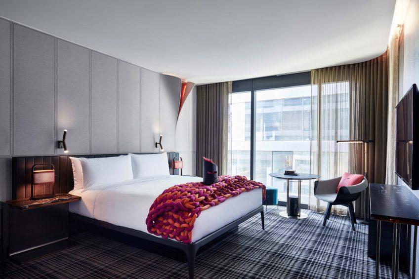 W Melbourne Luxury Hotel - Melbourne, Australia - Cozy King Room View