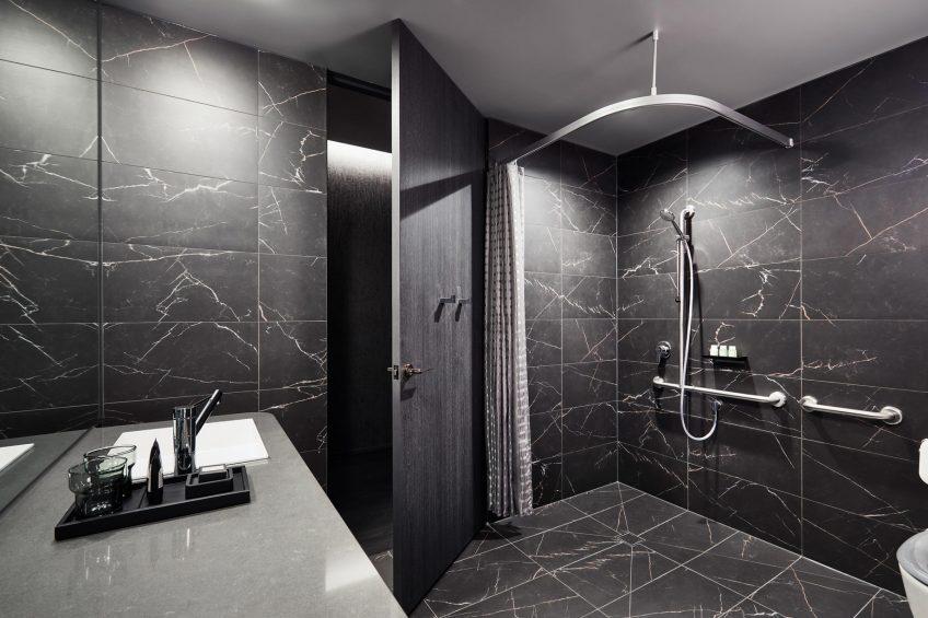 W Melbourne Luxury Hotel - Melbourne, Australia - Cozy Accessible Room Bathroom