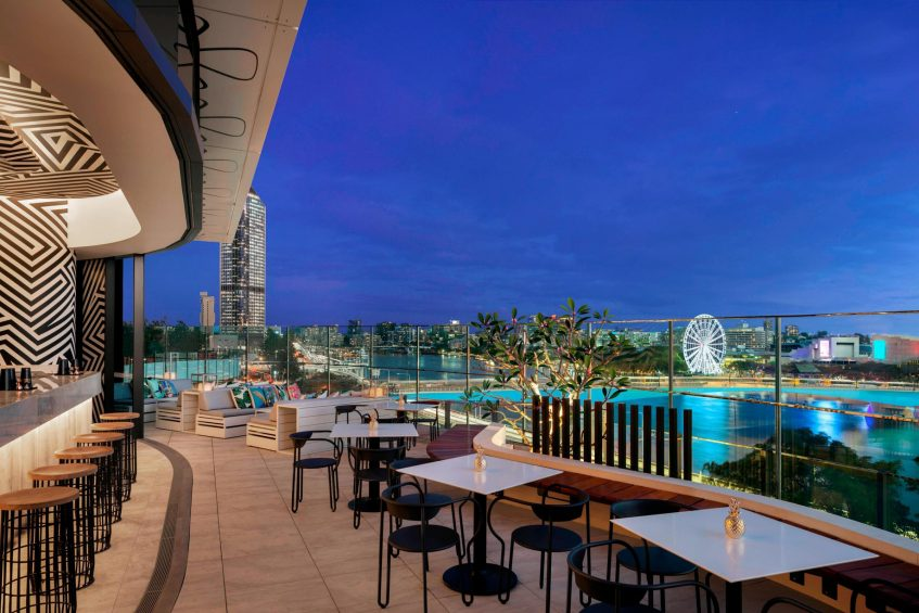W Brisbane Luxury Hotel - Brisbane, Australia - WET Deck Terrace