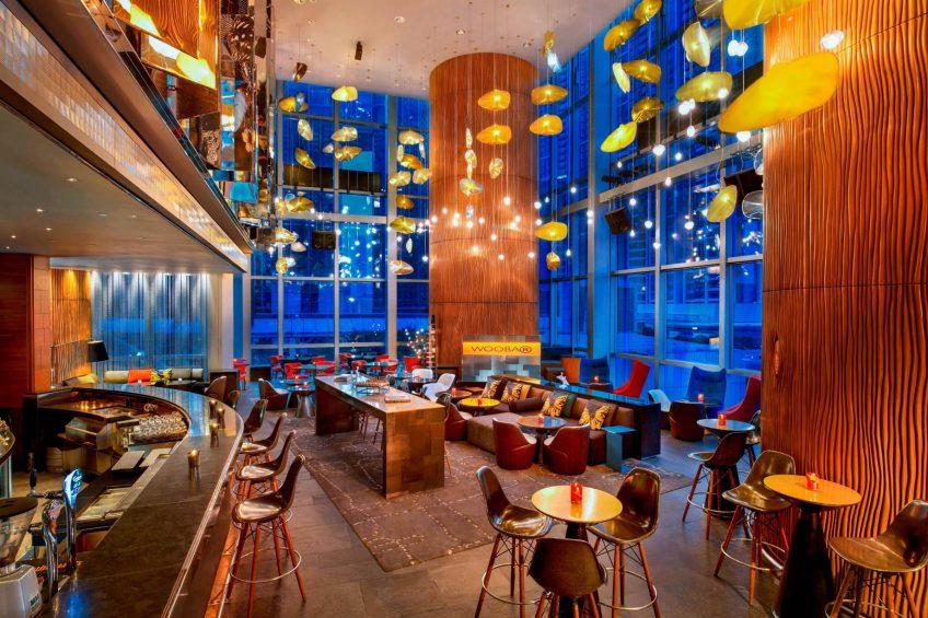 W Hong Kong Luxury Hotel - Hong Kong - WOOBAR Lounge Decor