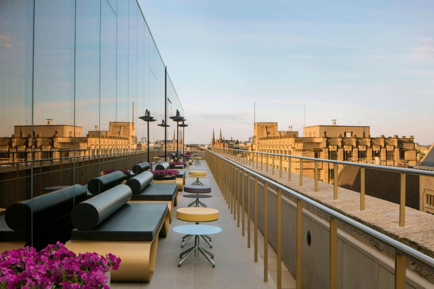 W Amsterdam Luxury Hotel - Amsterdam, Netherlands - Hotel Lounge Terrace