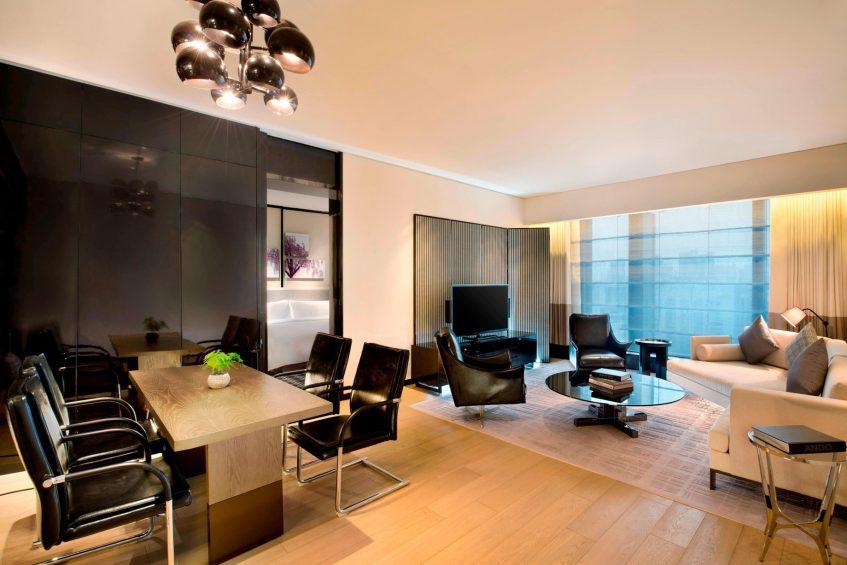 W Guangzhou Luxury Hotel - Tianhe District, Guangzhou, China - Apartment Guest Room Seating