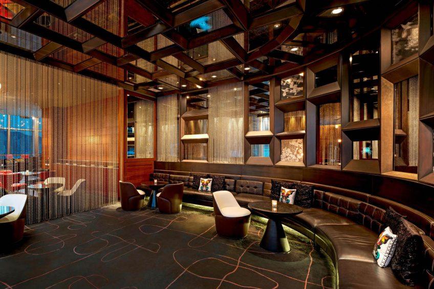 W Hong Kong Luxury Hotel - Hong Kong - WOOBAR Lounge Seating