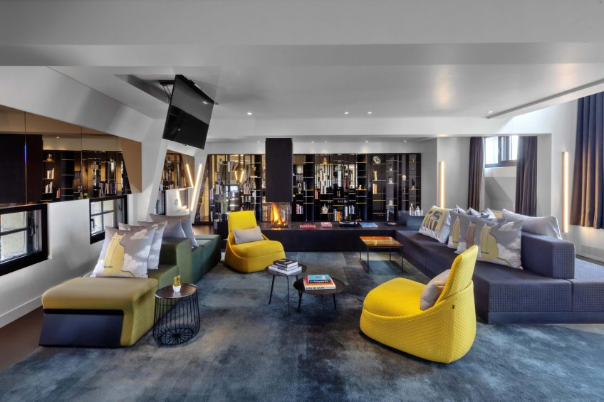 W Amsterdam Luxury Hotel - Amsterdam, Netherlands - Extreme WOW Bank One Bedroom Suite Decor