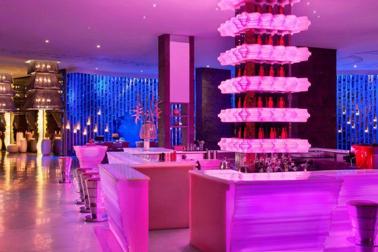 W Bali Seminyak Luxury Resort - Seminyak, Indonesia - W Lounge