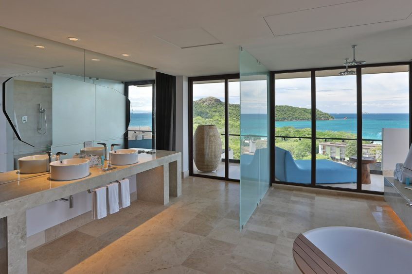 W Costa Rica Reserva Conchal Luxury Resort - Costa Rica - Ewow Suite Bathroom