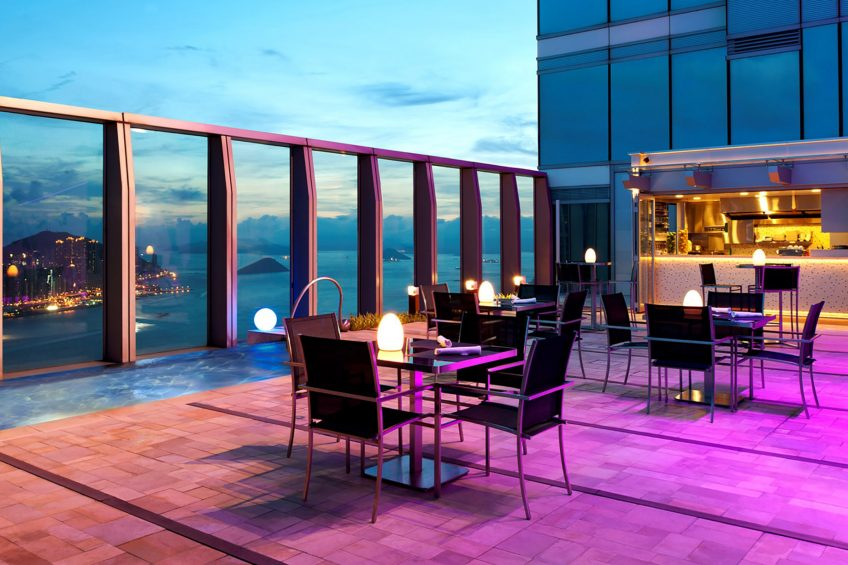 W Hong Kong Luxury Hotel - Hong Kong - WET Deck Night