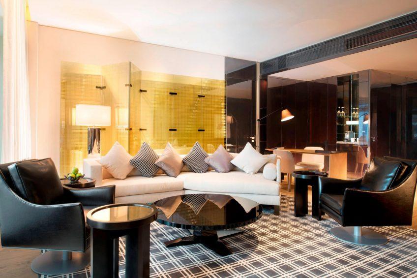 W Guangzhou Luxury Hotel - Tianhe District, Guangzhou, China - Living Area