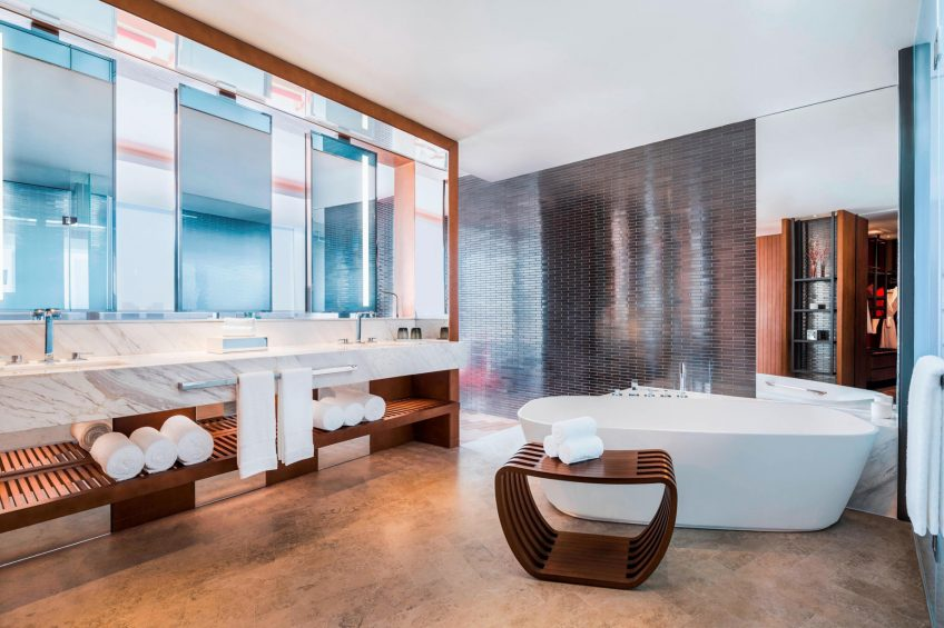 W Shanghai The Bund Luxury Hotel - Shanghai, China - Fantastic Suite Bathroom