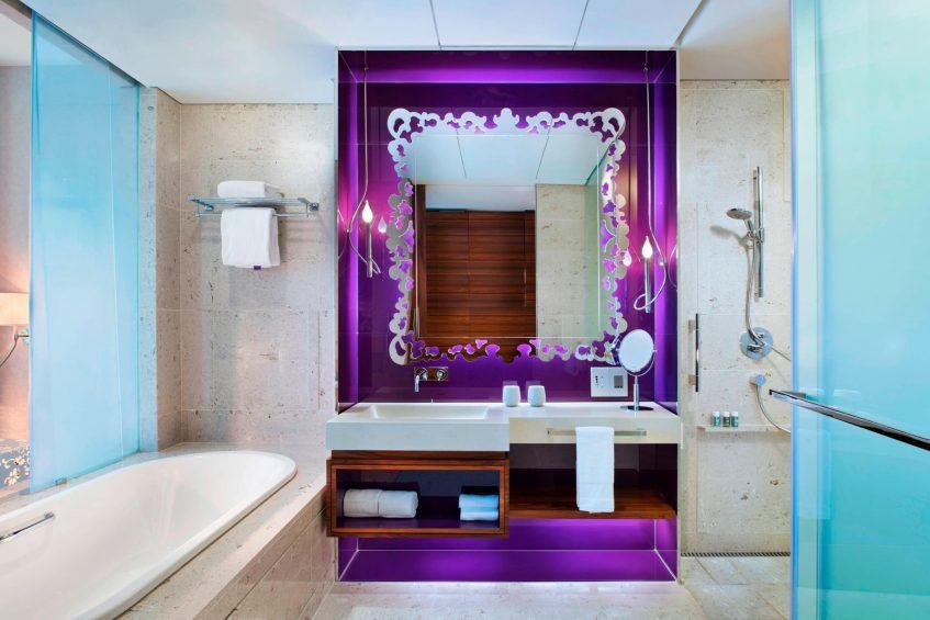 W Singapore Sentosa Cove Luxury Hotel - Singapore - Fabulous Guest Bathroom