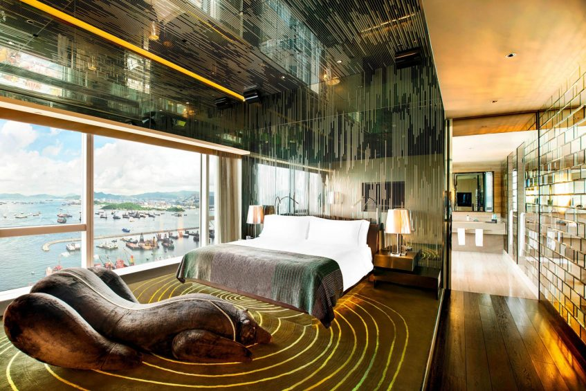 W Hong Kong Luxury Hotel - Hong Kong - Extreme WOW Suite Bedroom