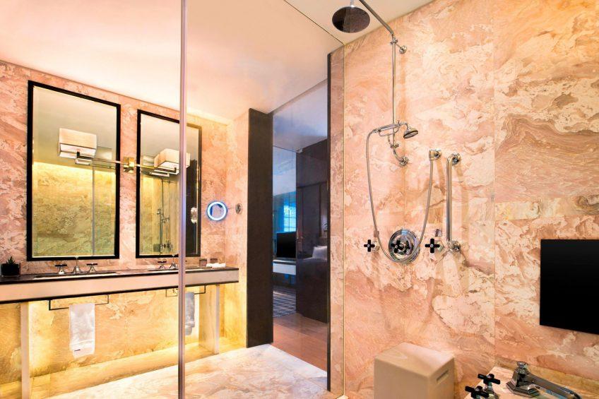 W Guangzhou Luxury Hotel - Tianhe District, Guangzhou, China - Spectacular Bathroom