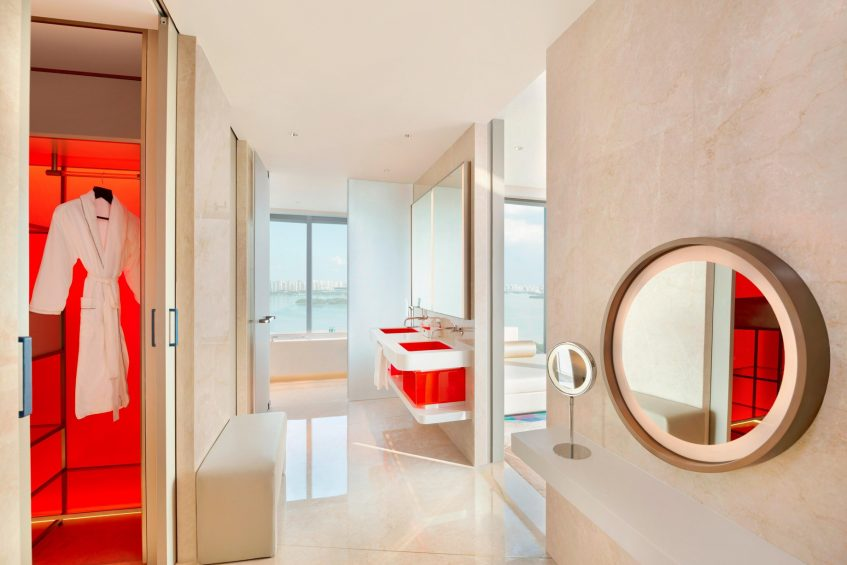 W Suzhou Luxury Hotel - Suzhou, China - Cool Corner Suite Bathroom