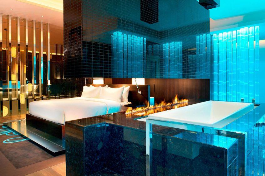 W Taipei Luxury Hotel - Taipei, Taiwan - Extreme WOW Suite Bedroom