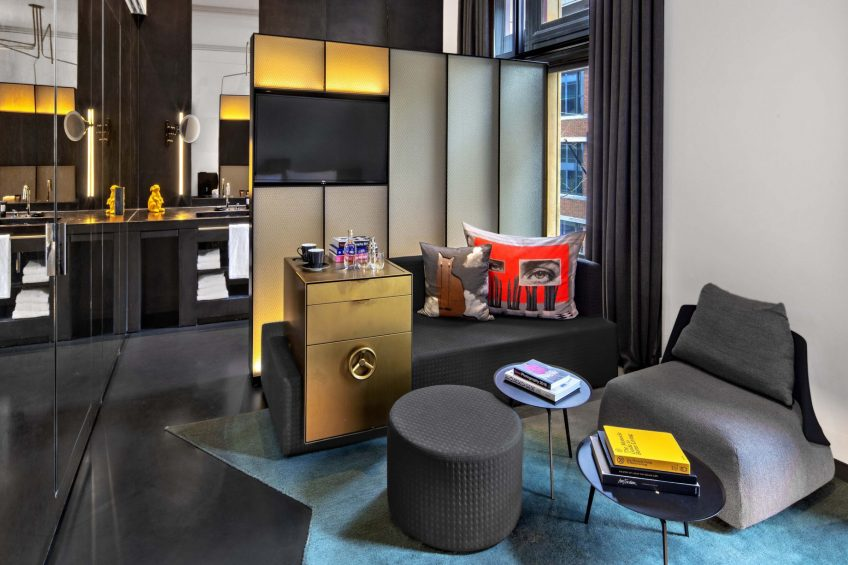 W Amsterdam Luxury Hotel - Amsterdam, Netherlands - Fabulous Bank City View Guest Room Sitting Area