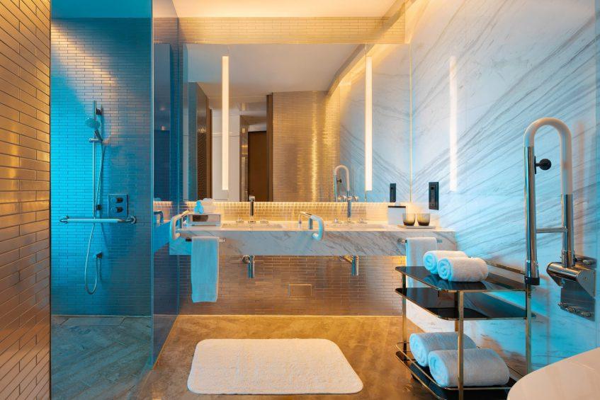 W Shanghai The Bund Luxury Hotel - Shanghai, China - Guest Bathroom