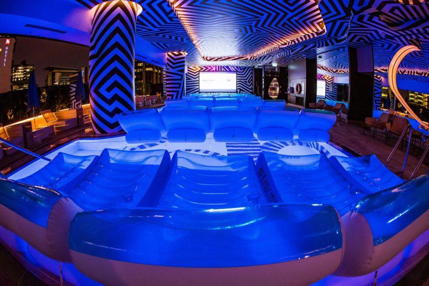 W Brisbane Luxury Hotel - Brisbane, Australia - Float In Cinema