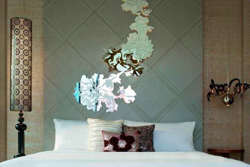 W Singapore Sentosa Cove Luxury Hotel - Singapore - Marvelous Suite Bedroom Decor
