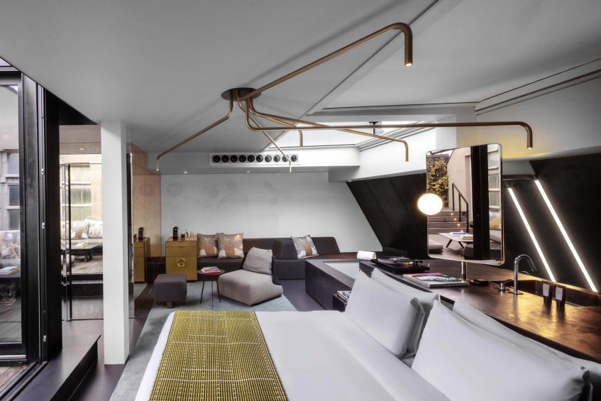 W Amsterdam Luxury Hotel - Amsterdam, Netherlands - Fantastic Bank One Bedroom Suite Living Area