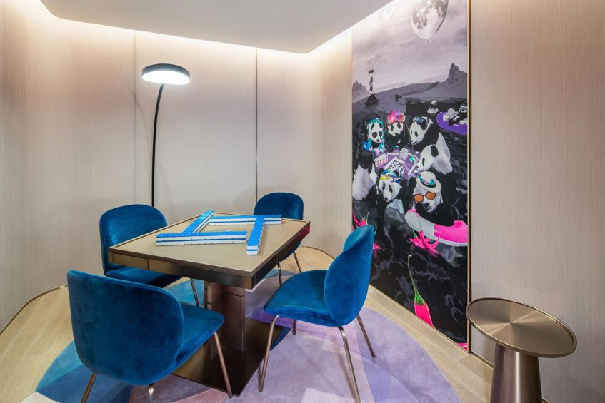 W Chengdu Luxury Hotel - Chengdu, China - WOW Suite Desk