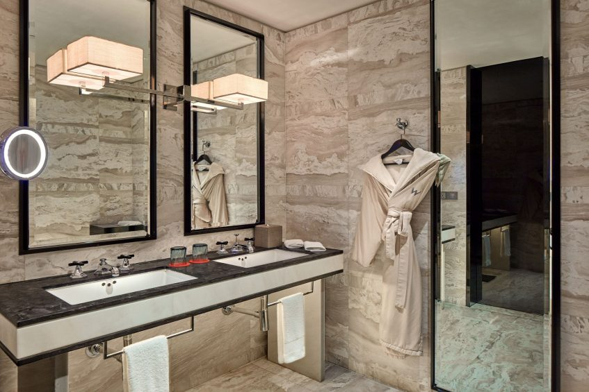 W Guangzhou Luxury Hotel - Tianhe District, Guangzhou, China - Fantastic Suite Bathroom Vanity