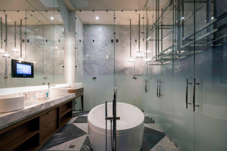 W Mexico City Luxury Hotel - Polanco, Mexico City, Mexico - Suite Bathroom Tub Style