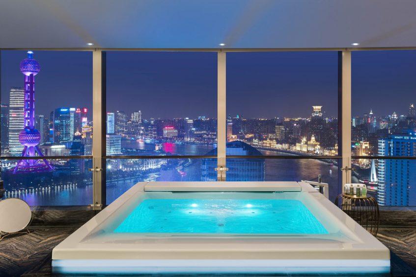 W Shanghai The Bund Luxury Hotel - Shanghai, China - Cloud on the Bund Guest Bathroom