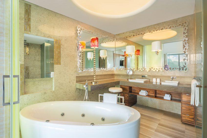 W Singapore Sentosa Cove Luxury Hotel - Singapore - WOW Suite Bathroom