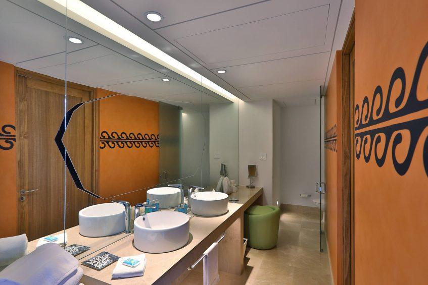 W Costa Rica Reserva Conchal Luxury Resort - Costa Rica - Guestroom Bathroom Vanity